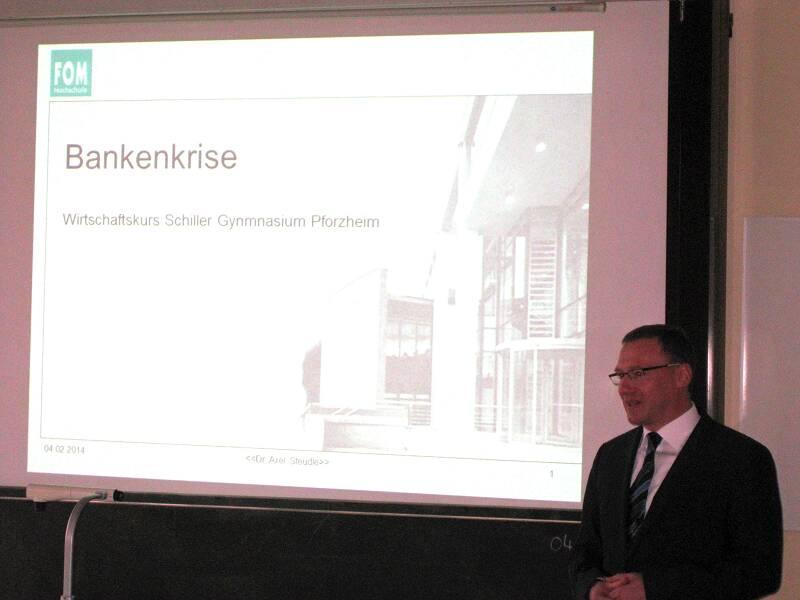 Die Bankenkrise zu Besuch am Schiller-Gymnasium